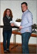 Ehrung Nina Becker Clubmeisterschaft 2010 durch Benjamin Meyer